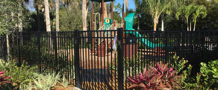 Commercial Fences: Los Angeles Fence Builders